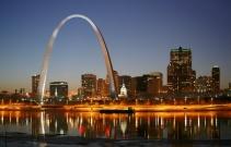 St_Louis_night_expblend